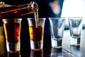 Alcoolul favorizeaza cresterea in greutate