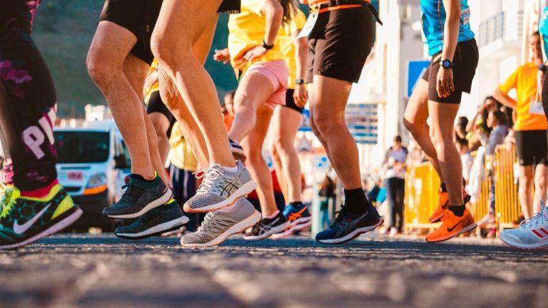 Picioare de atleti.