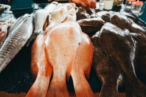 Diferite tipuri de pește proaspăt