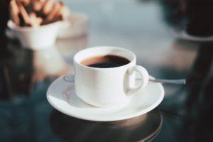 Ceașcă de cafea fierbinte