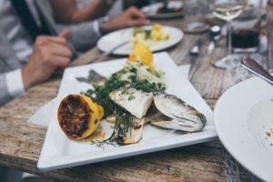 Peștele gătit este o sursă excelentă de folat