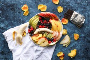 Platou cu diverse fructe