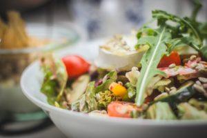 Salate din diferite legume