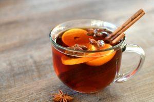 Ceai de fructe cu scorțișoară