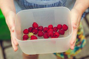 Cum să îi convingeți pe copii să mănânce fructe și legume - 12 sfaturi